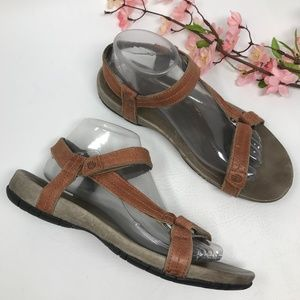 Teva Meadow Luxe Lifestyle Brown Sandals Size 9 40